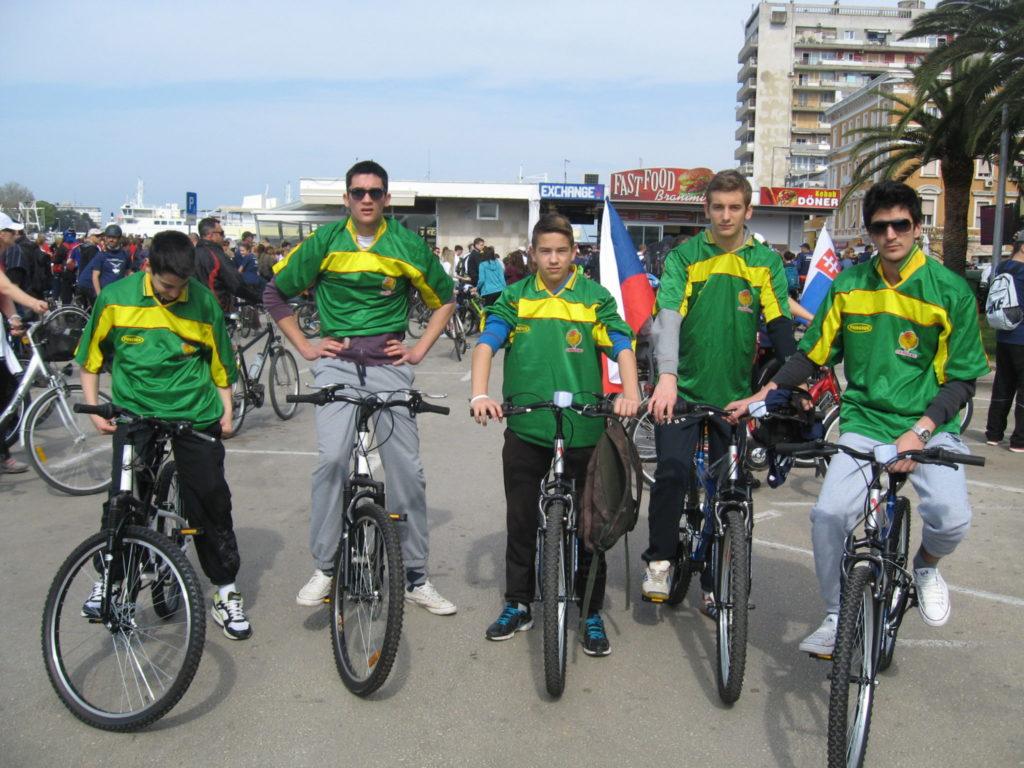 Naši učenici sudionici biciklijade Od Branimira do Branimira